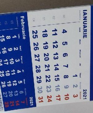 calendar triptic 2021 de birou